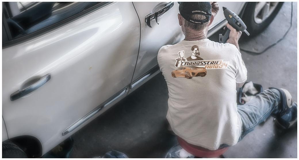 LOGO POUR UNE CARROSSERIE AUTO
