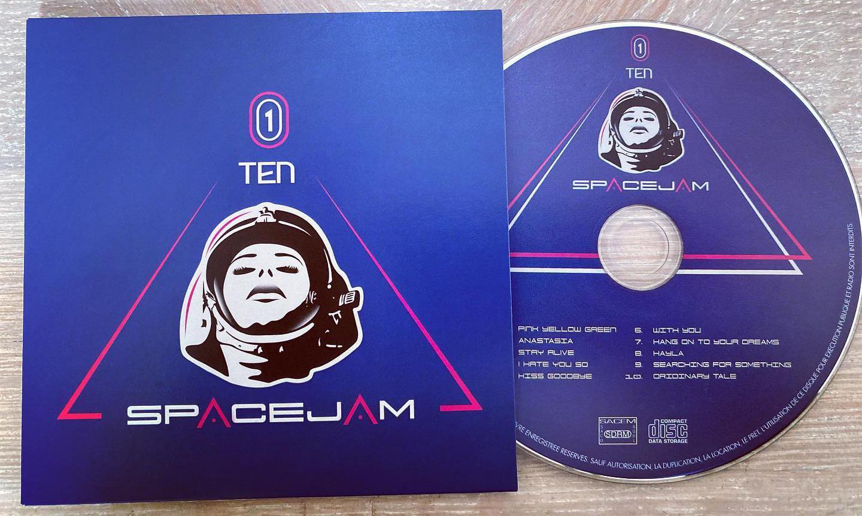 pochette cd recto du logo pour un groupe de musique