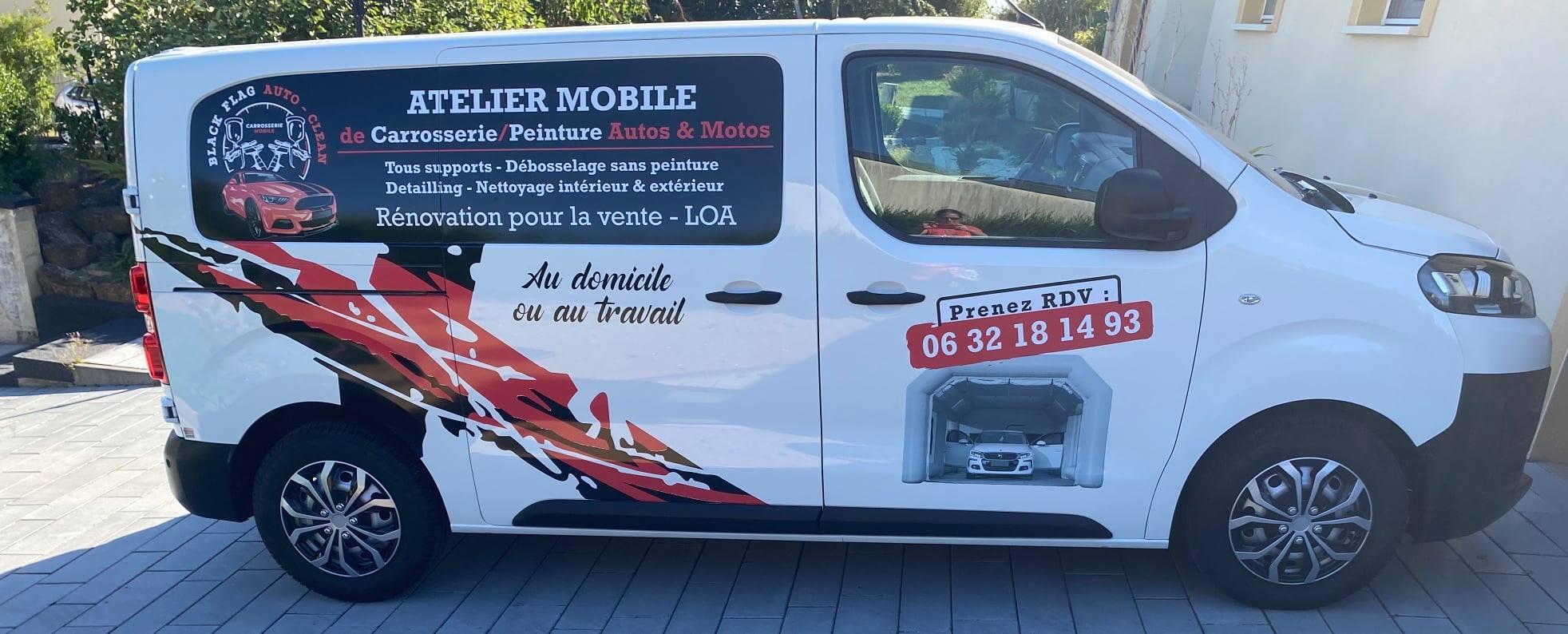 camionette du logo pour une carrosserie mobile